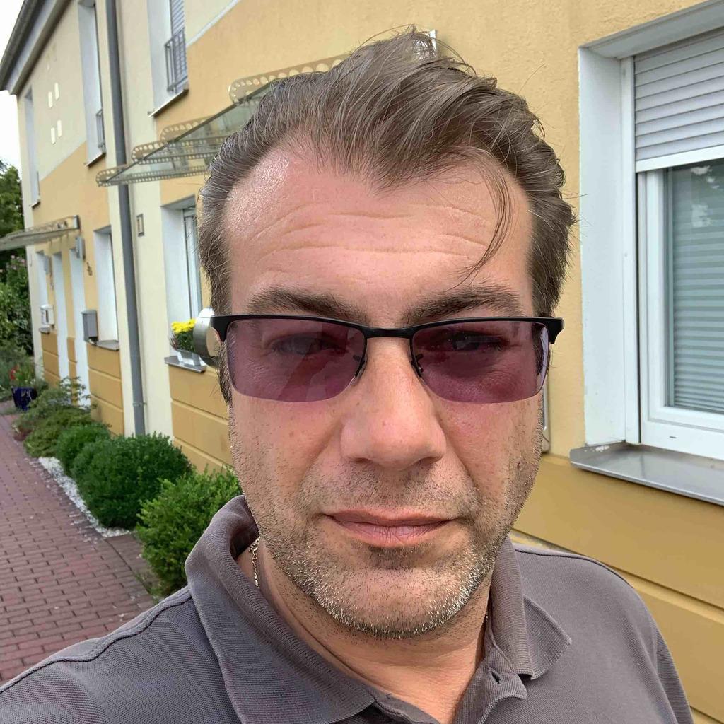 Matthias Gilbrecht - Geschäftsstelleninhaber - VON POLL ...