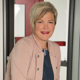 Kati Benesch - GUTMANN Bausysteme GmbH - Weißenburg