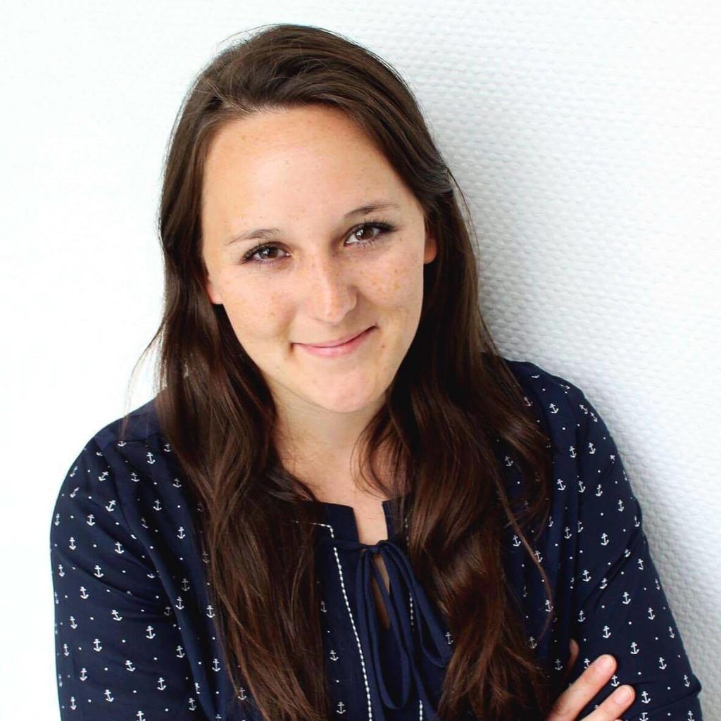 Lisa Marie Stumpenhagen Projektmanagerin Vertrieb