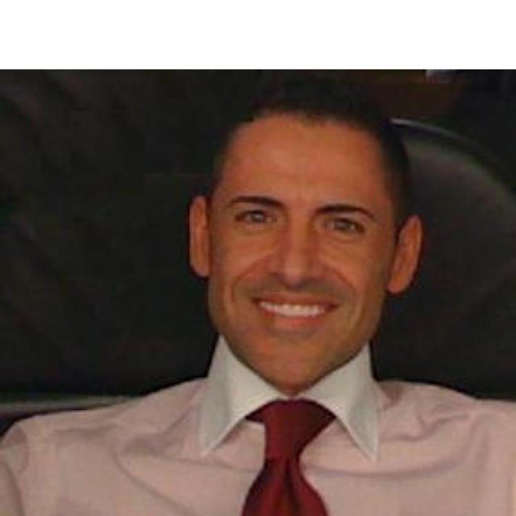 <b>Jorge Manuel</b> Martins - Head Banking Products Lending Processes - UBS ... - jorge-manuel-martins-foto.1024x1024