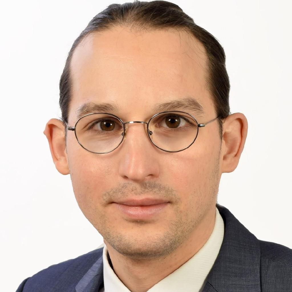 Benjamin kautz junior consultant cronos for Junior consultant