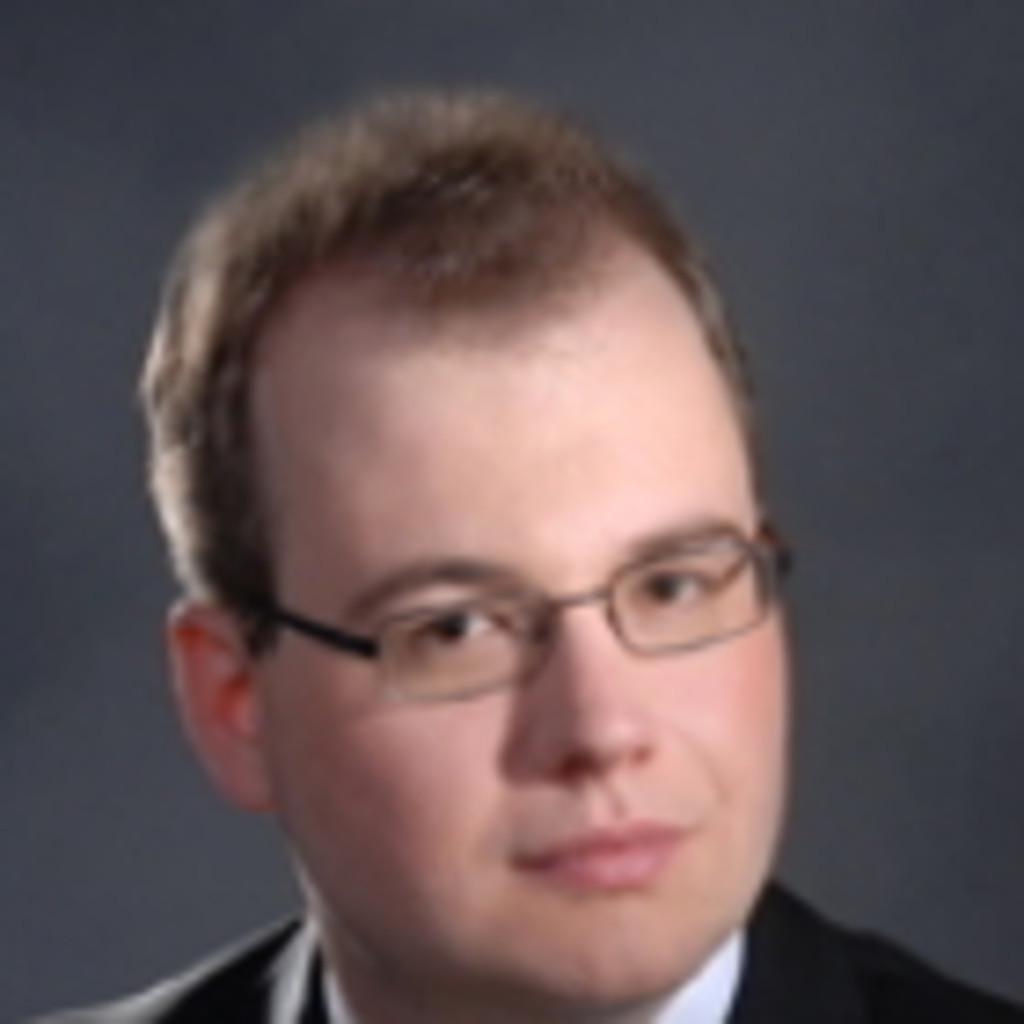 Adrian Schmidt 1 Fachkraft Vertrag im Bereich Einkauf