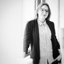 Claudia Steinweg - The Hamptons Bay | Design Company GmbH - München
