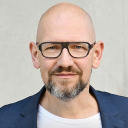 Torsten Enders - NETA. Digital Competence Center M-Industry - Berlin