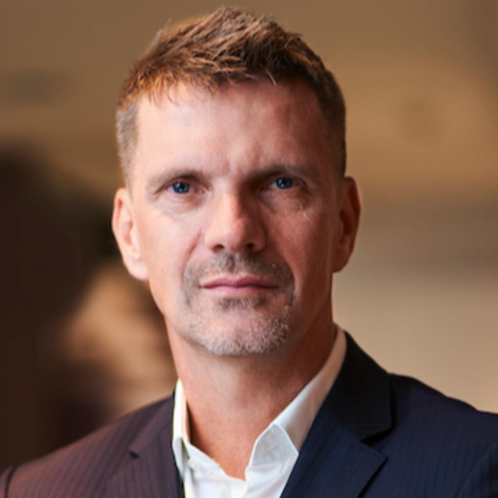 <b>Jens Hofmeister</b> - Executive Director Business Development EMEA - frog Munich ... - oliver-reitter-foto.1024x1024