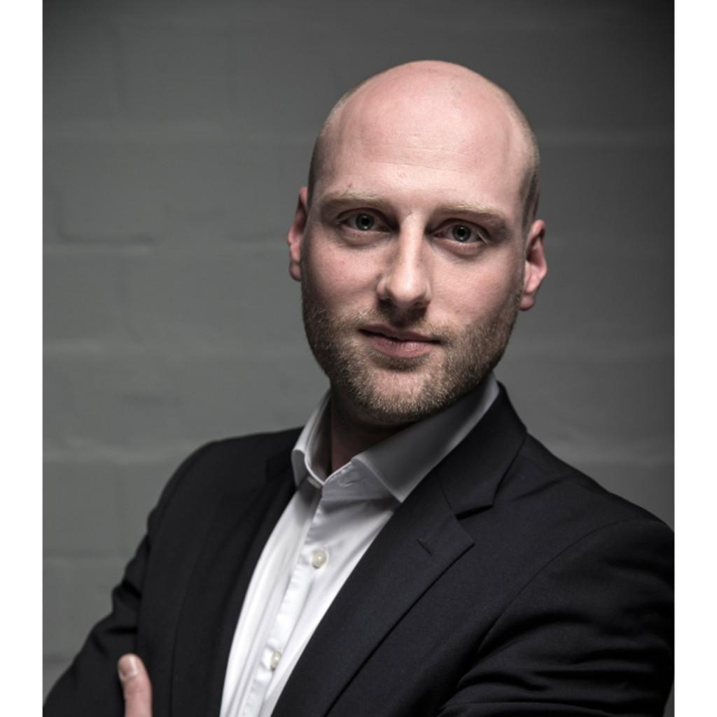 <b>Debo Nwauzu</b> - Founder & Managing Director - Totally Management Ltd | XING - daniel-siegmund-foto.1024x1024