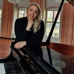 Alena Lasaya - Konzertmeisterin und Ensemblemusikerin - Bodolz