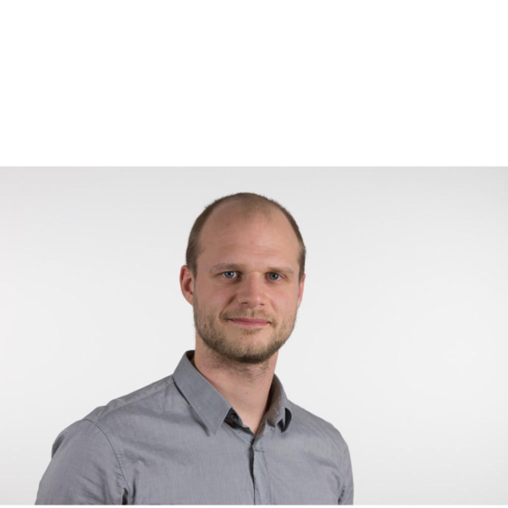 Lukas friedrich online redaktion sankt michaelsbund xing for Grafikdesigner ausbildung frankfurt
