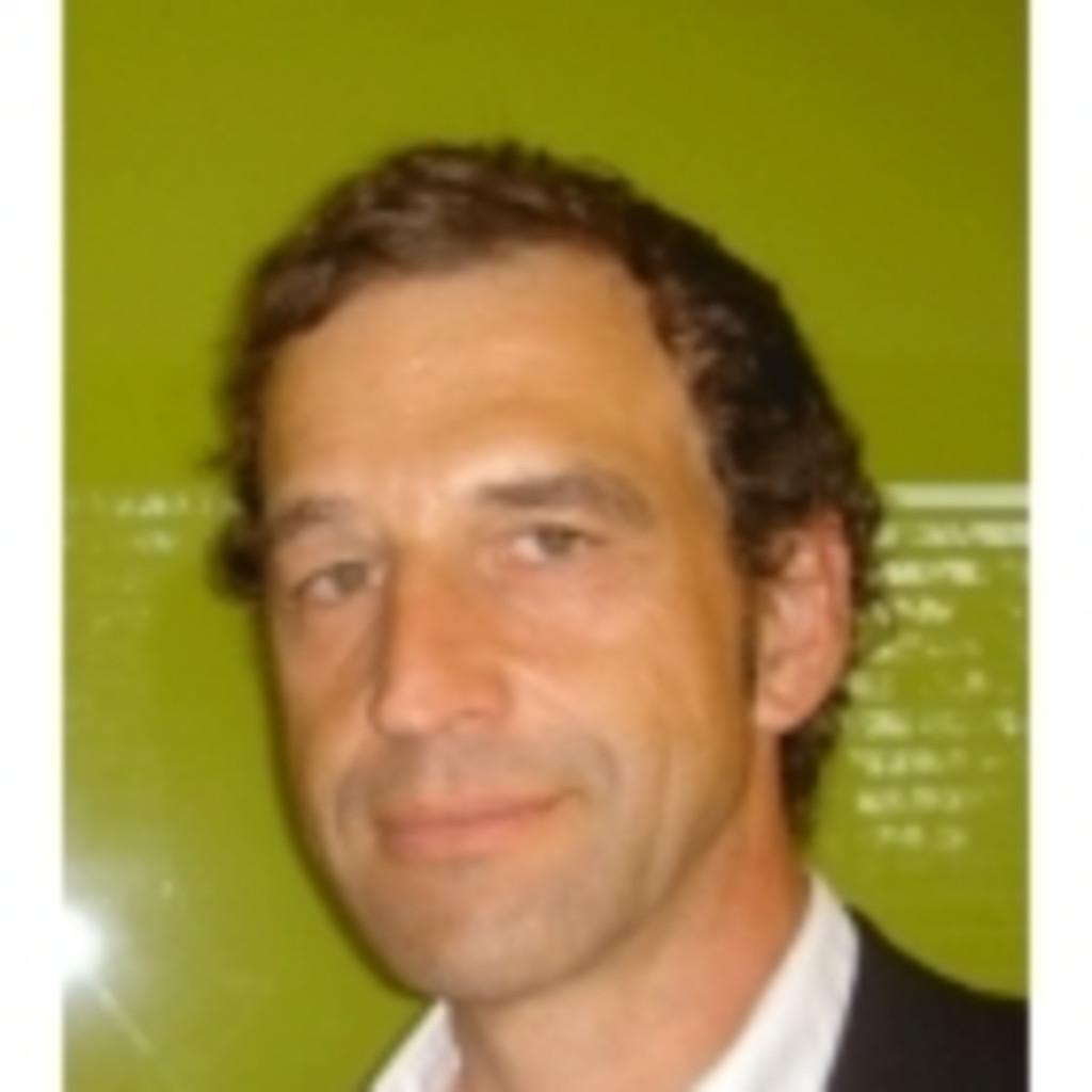 Ulrich langensteiner firmeninhaber studioln xing for Innenraumplanung linz