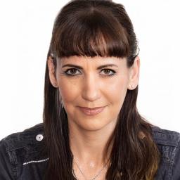 Daniela Schuh