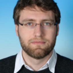 Dr. Robert Hübener
