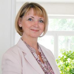 Rosemarie Kloos-Rau - RAU Design und Kommunikation - Wiesbaden