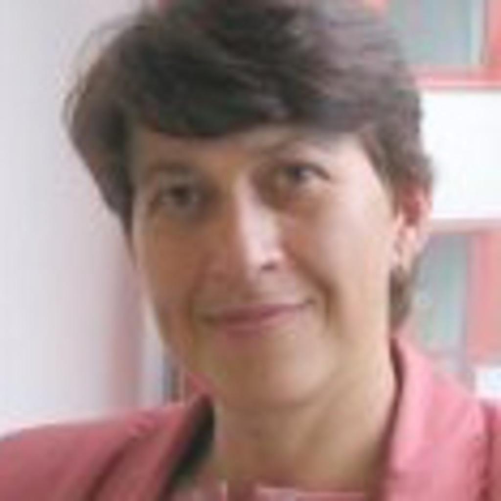<b>Elisabeth Lux</b> - Projektleiterin und Consultant - INFODAS Gesellschaft für ... - elisabeth-lux-foto.1024x1024