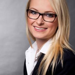 Anna Fiess - Dr. Ing. h.c. F. Porsche AG - Stuttgart
