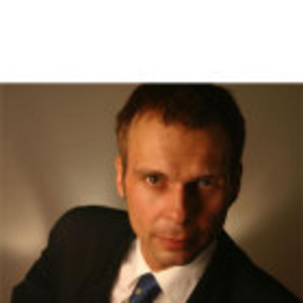 Thomas schwestka innenarchitekt designer tecci for Suche innenarchitekt