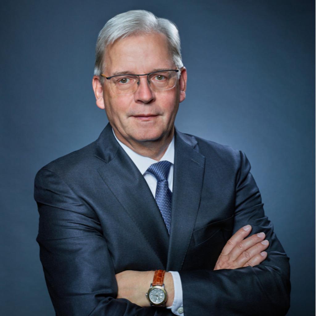 Dr. Hans Ulrich Golz - Geschäftsführer - Diverse ...
