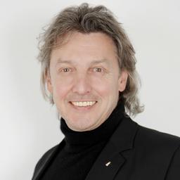 Max Rheinländer - coconut media GmbH & Co. KG - Lohmar