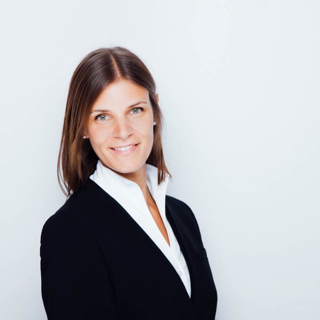 Lucia Wagner Vice President Of Germany Sales Mindsphere