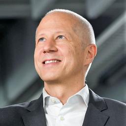 Bertrand Humel van der Lee - EOS GmbH - München