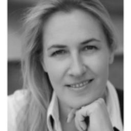Kiki Müller - expert PR & HWM Communications GmbH - Frankfurt am Main
