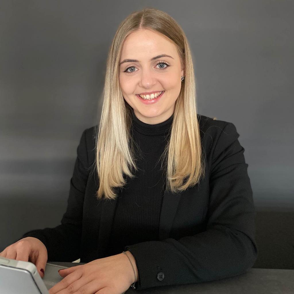 Elena Ziser's profile picture