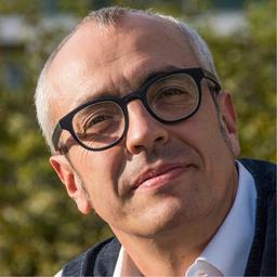 Dr. Manuel Benedikter