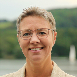 Prof. Dr. Kerstin Bruns