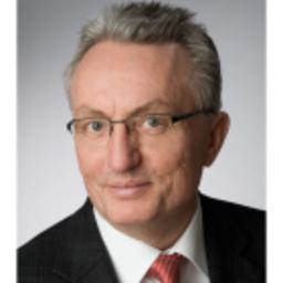 Dr. Hans G. Holly