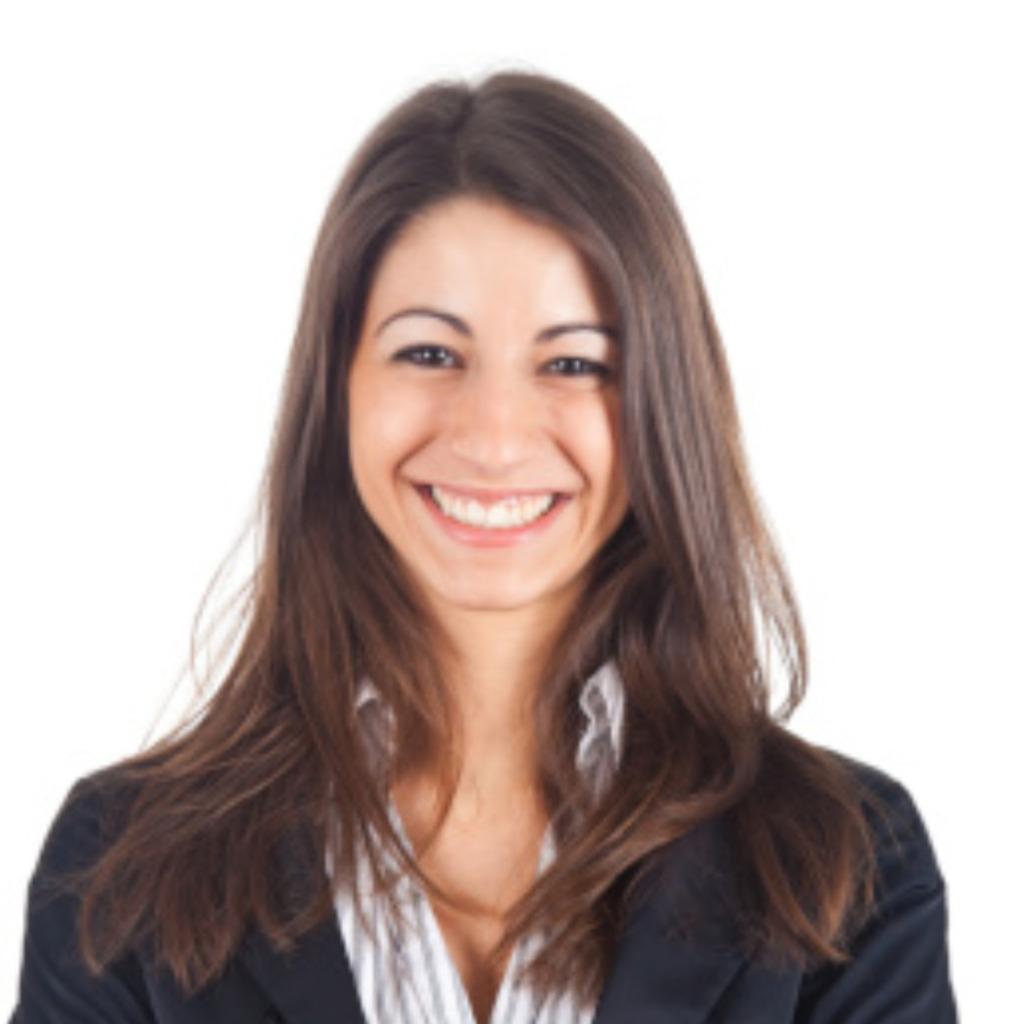 Julia Bader's profile picture