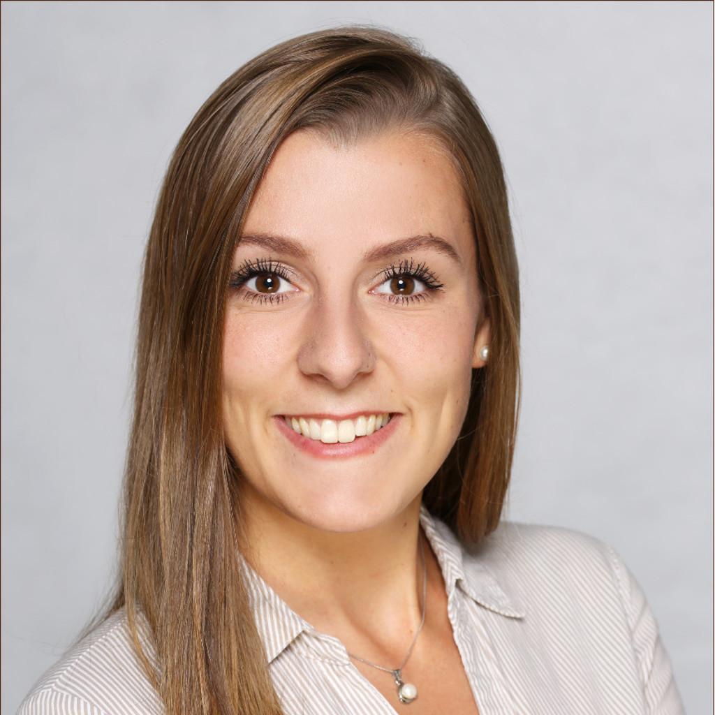 <b>Miriam Franz</b> - Management sozialer Innovationen - Hochschule für angewandte ... - miriam-franz-foto.1024x1024