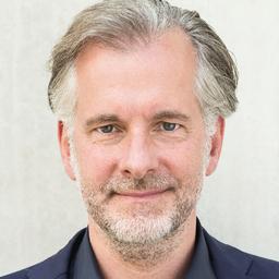 Dr Steffen Frischat - dwarfs and Giants - München