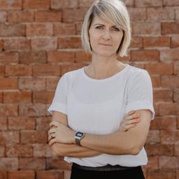 Sandra Palmer - R+V Versicherung - Wiesbaden