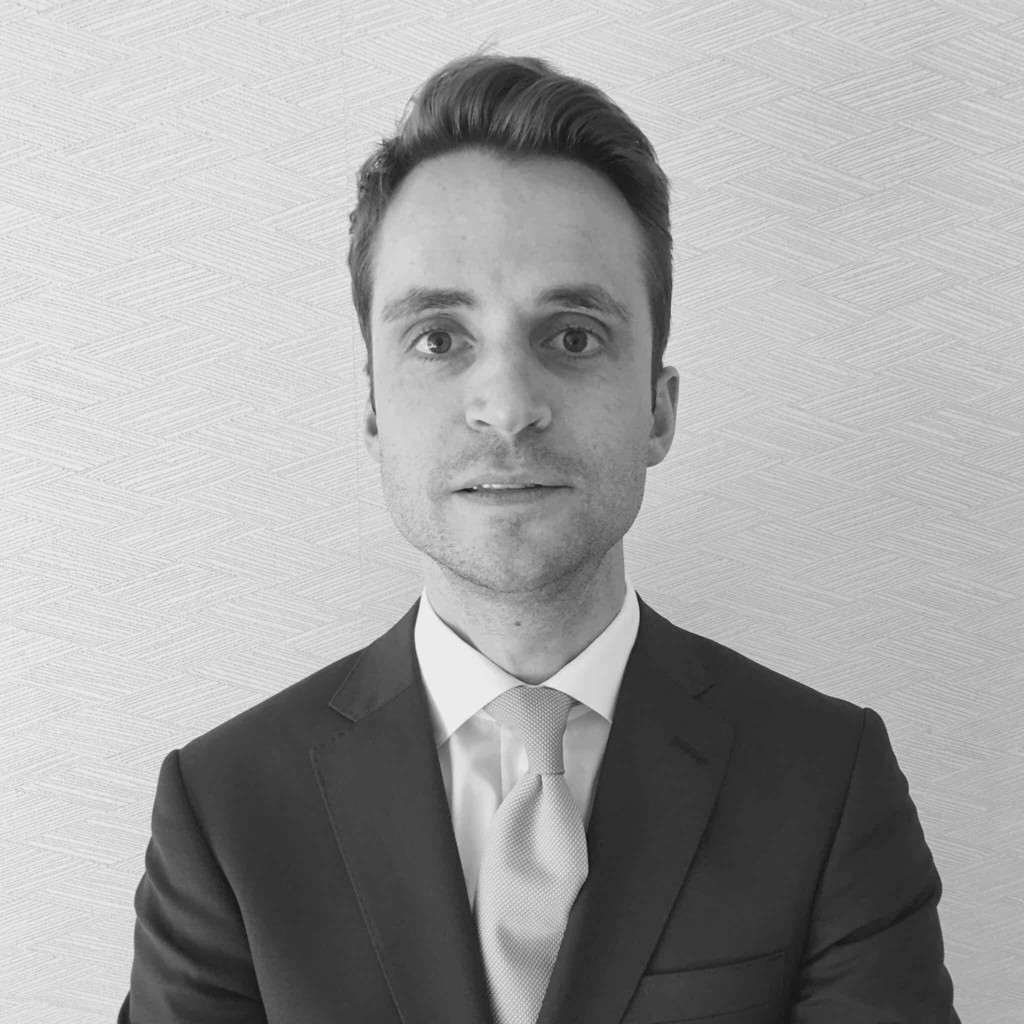 Oliver deutschmann ubs investment bank core investment funds ltd