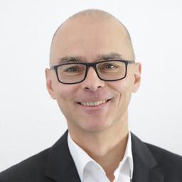 Dr. Axel Schumacher - GKN Driveline - Lohmar