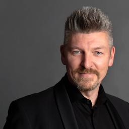 Stefan Quéro - TIGI Haircare GmbH / Unilever - Herrenberg- Gülstein