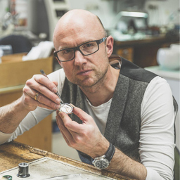 Ulrich Kriescher - Uhrmachermeister Kriescher - Würselen bei Aachen