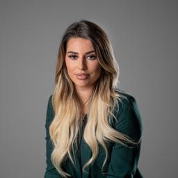 Laura Schuhmann