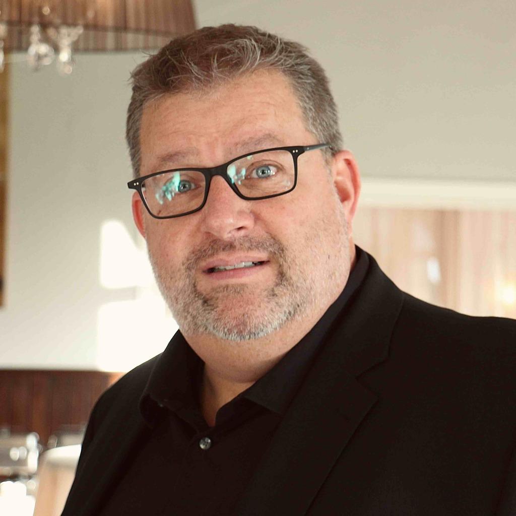 Frank Schomeier Fachkoordinator Im Kundenservicecenter Inland