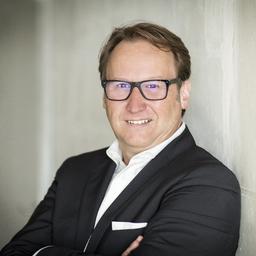 René Hansen - Straetus Inkasso West GmbH & Co. KG - Köln