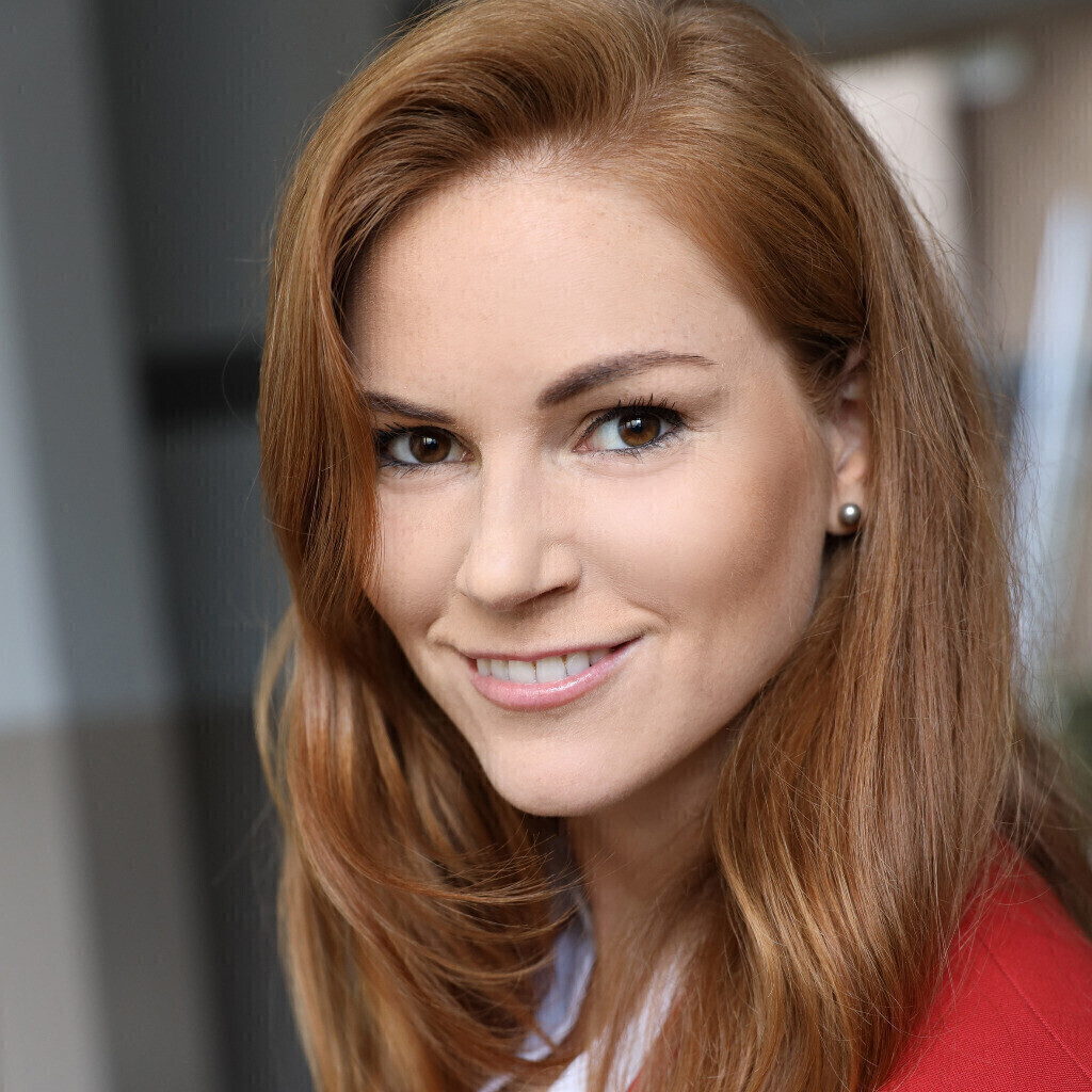 BMW Financial Services >> Laura Lang - Doctoral Candidate Product Management BMW i - BMW Group | XING