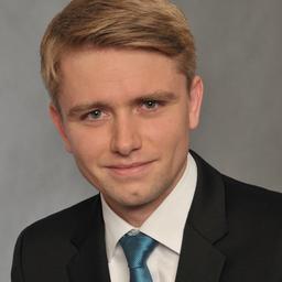 Dr. Igor Schmidt