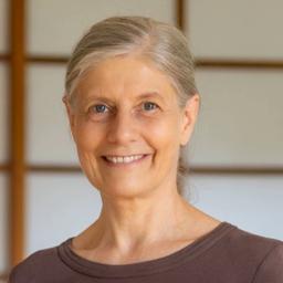 Saskia John - Dunkelretreats, Inneres Kind heilen, Aufstellungen, Hypnose, Meditation - Teltow
