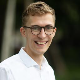 Alexander Maxelon - WHU – Otto Beisheim School of Management - Köln