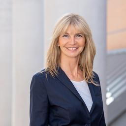Eva-Maria Jörka - Wir ermitteln, was Sie aufhält und schaffen in kurzer Zeit handfeste Lösungen. - Nürnberg