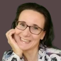 Katja Holzhei