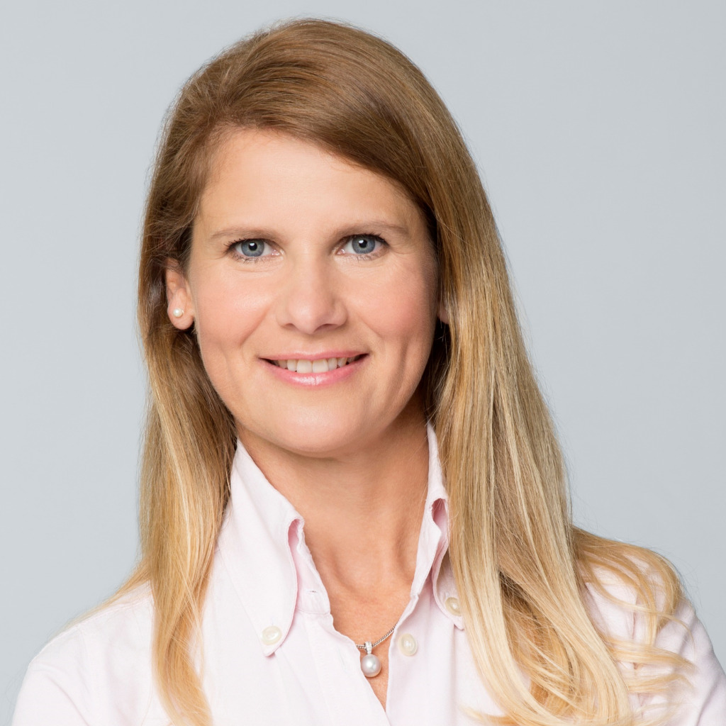 Eniko Erhardt Marketing And Pr Manager Cushman