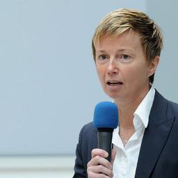 Alexandra May - Alexandra May Investor & Public Relations - Wiesbaden