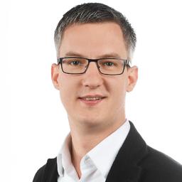 Dr. Simon Weiß - Accenture Strategy - Zürich