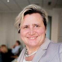 Mag. Natascha Ljubic - Social Media Marketing Vortrag in der WKO Wien für Unternehmen - Maria Enzersdorf
