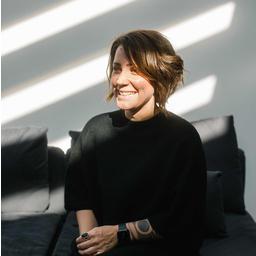 Dr. Maria Bartschat